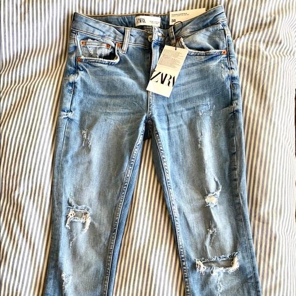 Zara Denim - ZARA Slim Fit Mid Rise Distressed Skinny Jeans